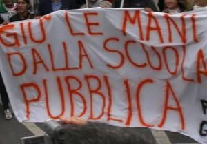 MARIA MANTELLO Il 'familismo amorale' dellascuola-azienda
